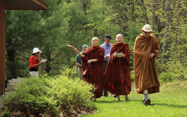 At the Forest Refuge's 10th anniversary ceremony, monastics led teachers, staff, retreatants and volunteers in a circumambulation and blessing of the meditation hall.