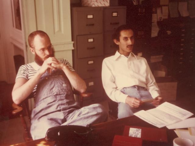 1 10 Pondering the imponderable... Staff member Tom Sibold (L) with Jack Kornfield.